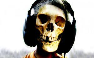 skull_phones